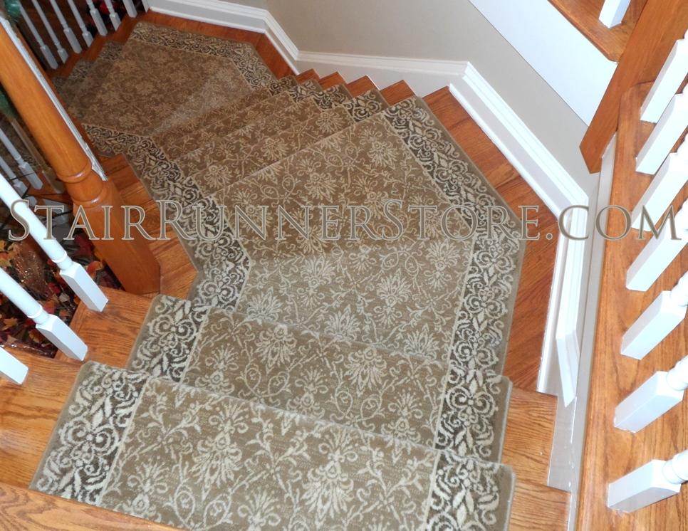 Alexander Stair Runner Installation Angle 3150 Small
