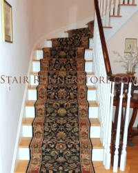 curved-staircase-runner-installation-0178