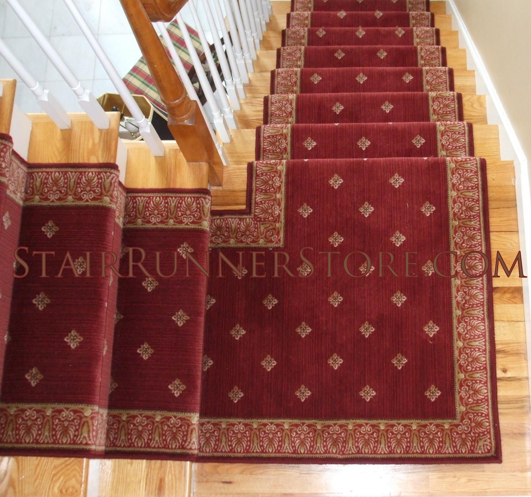 Custom Stair Runner Landing Intallation 2583