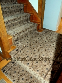 custom-t-landing-stair-runner-installation-0152