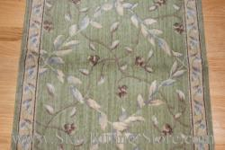 Nourison Regal Vine Stair Runner Kiwi 27""