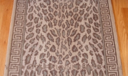 Wild Safari Stair Runner Taupe 30""
