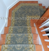 angled-landing-stair-runner-installation-1766