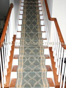 straight-stair-runner-installation